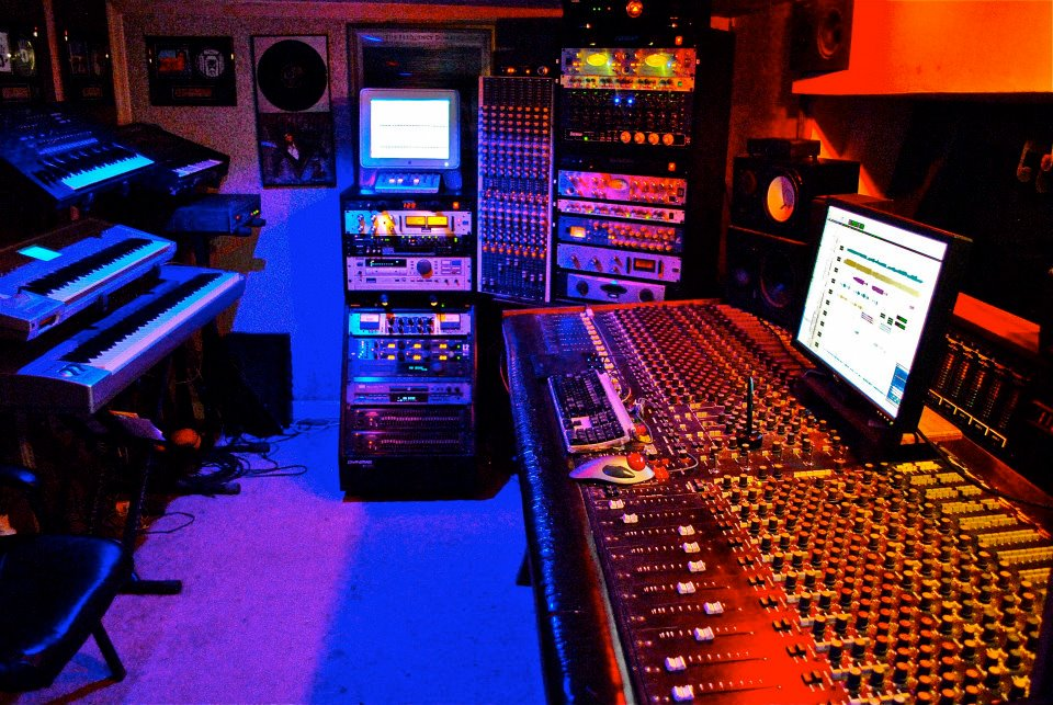 Full Well Recording Studio